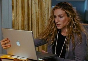 Carrie Bradshaw typing on her MAC_Sex and the City_A writer's life