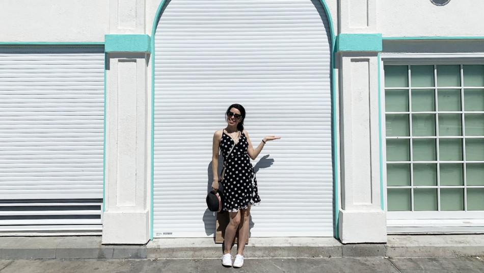 Vanessa posing on Manhattan Beach Pier