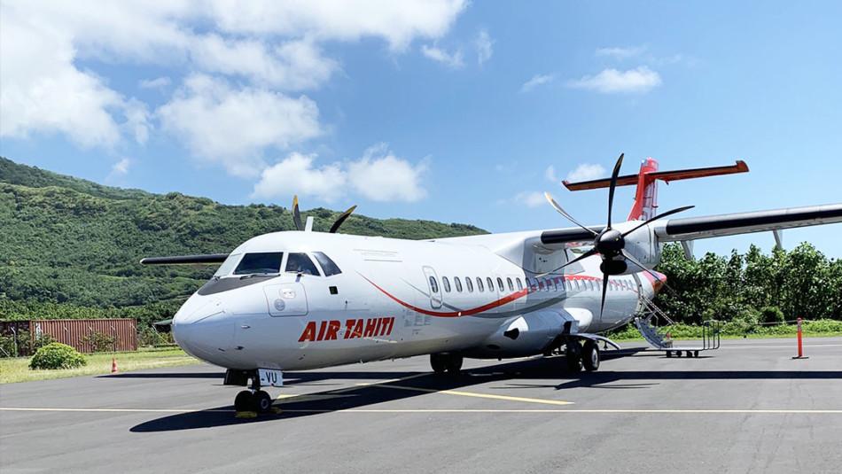 Air Tahiti Nui Plane from Tahiti to Moorea