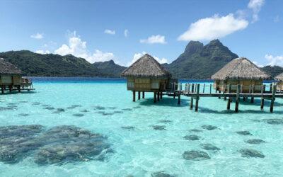 How to Honeymoon on a Modest Budget in French Polynesia / Bora Bora